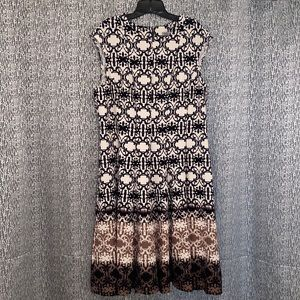 NWT Danny and Nicole sleeveless dress size 18